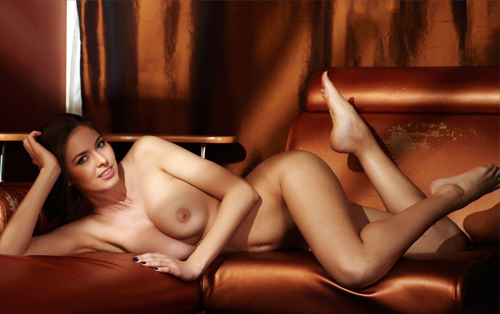 foto-erotika-na-divane